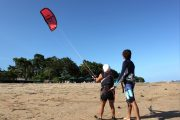 beginner kite surf lesson
